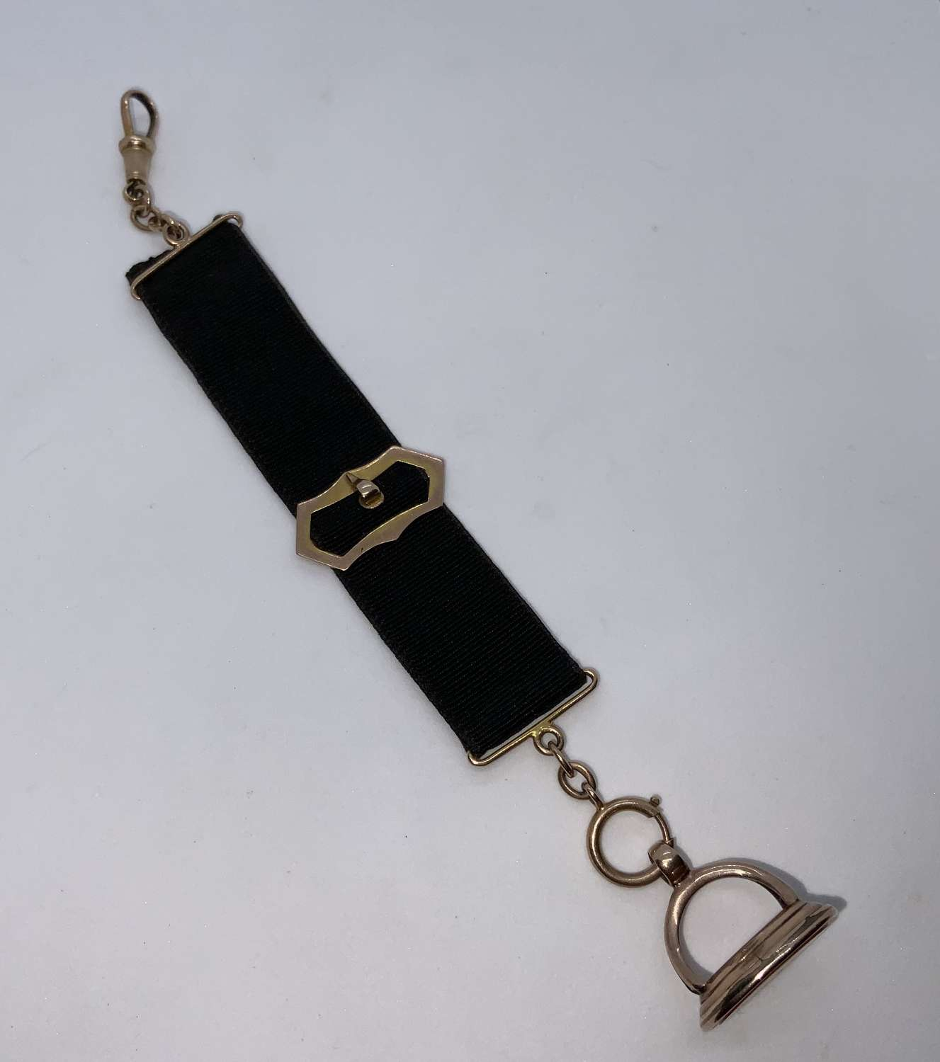Seal & gold fob